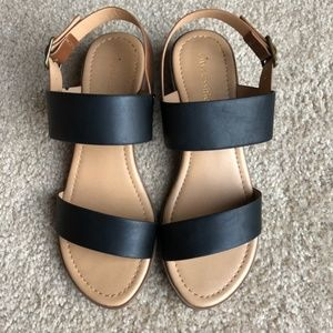 Women's Cityclassified BLACK Sandals Size 9